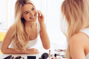 ניקוי יומיומי של הפנים מבטיח לנו עור בריא וזוהר